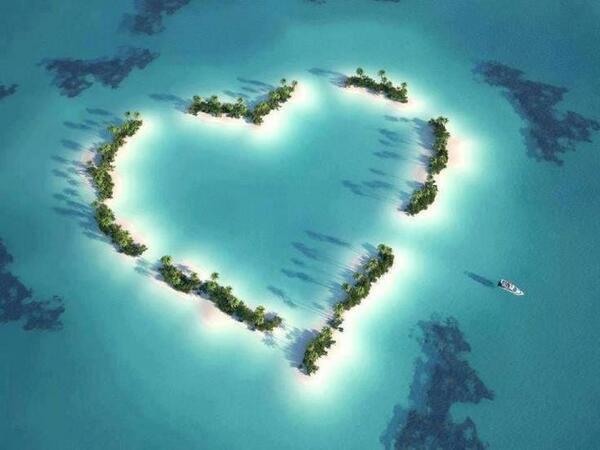 hoax_love_island