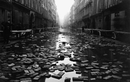 library books floating in paris hoaxeye